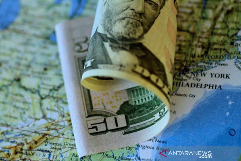 Dolar AS tertekan data ekonomi suram