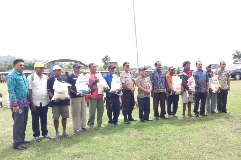 Perum Bulog Wamena alokasikan 776 ton rastra untuk 40 distrik