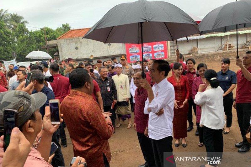 Jokowi sebut proses hukum harus dihormati terkait sidang MK