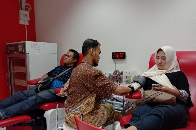 Hari Donor Darah, PMI Makassar berhasil kumpulkan 542 kantong darah