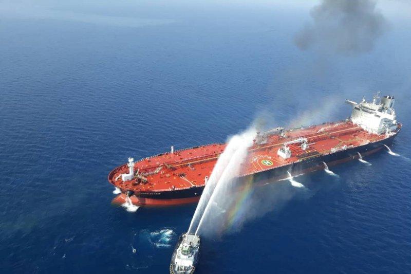 Arab Saudi salahkan Iran atas serangan terhadap tanker minyak di Teluk Oman