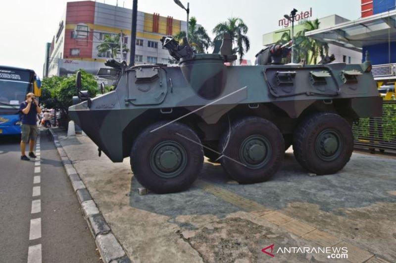 PENGAMANAN PUSAT PERBELANJAAN DI JAKARTA