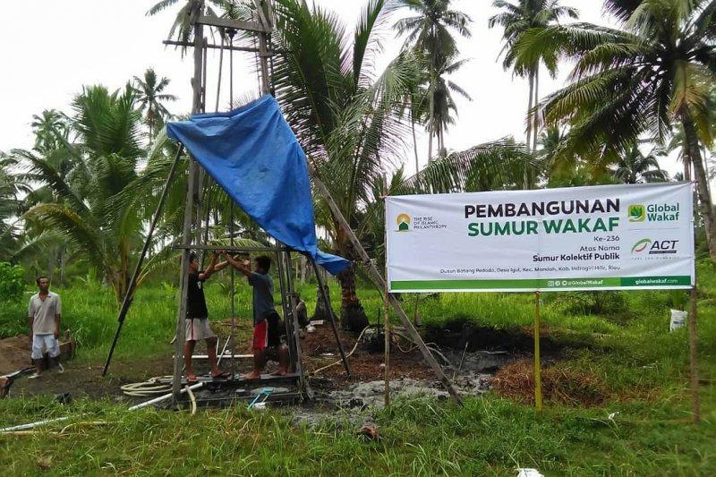 Global Wakaf-ACT membuat sumur wakaf ke-14 di Indragiri Hilir