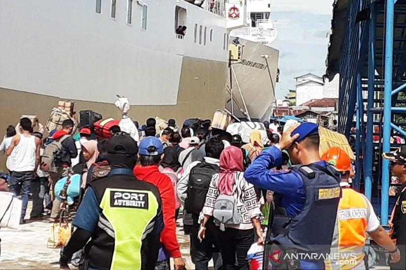 Sudah 6.816 penumpang arus balik turun di Pelabuhan Panglima Utar Kumai