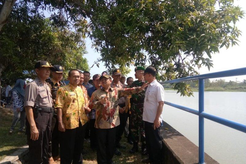 Distribusi air sawah di Indramayu dipantau agar terjaga masuki musim kemarau