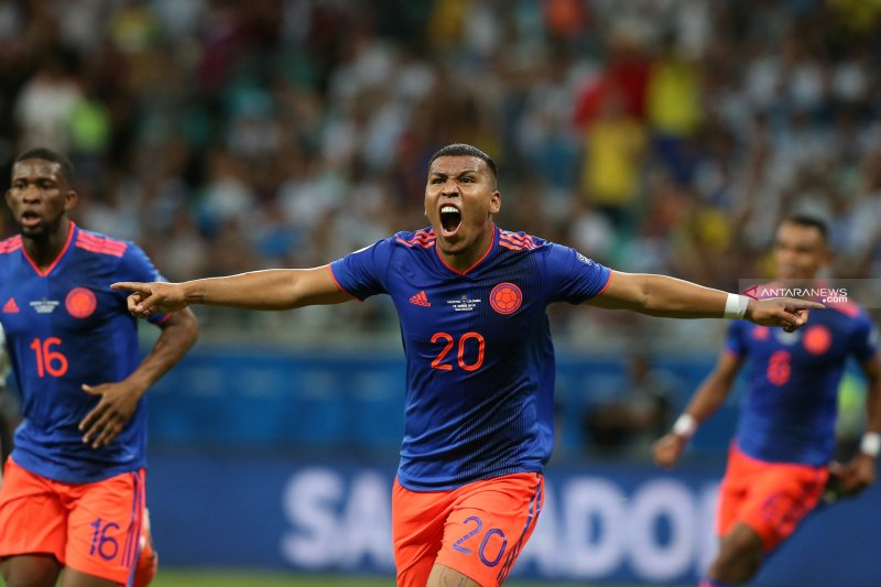 Kolombia permalukan Argentina 2-0