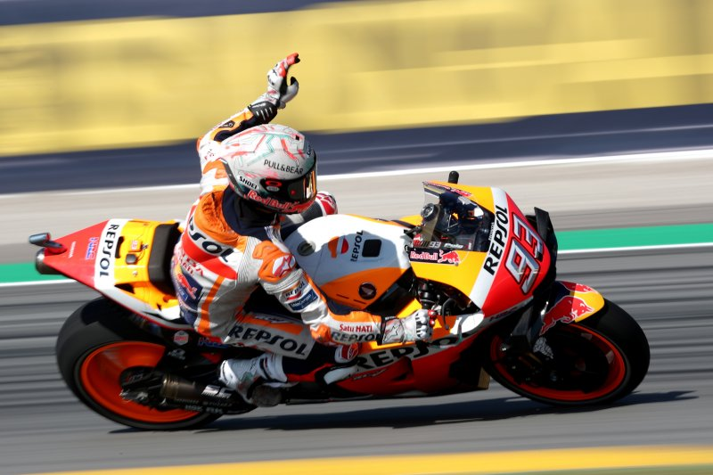 Marquez juara di Catalunya dalam balapan penuh drama