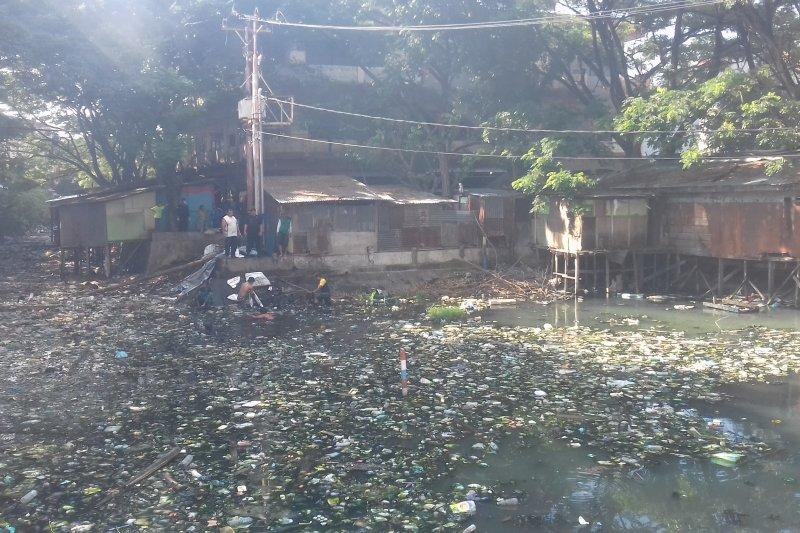 Banjir kepung sejumlah tempat di Maluku Utara