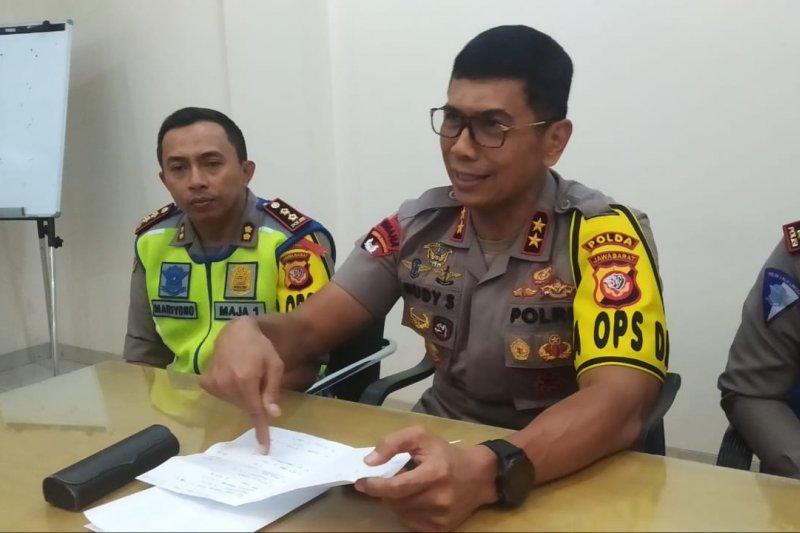 12 tewas akibat kecelakaan beruntun di tol Cipali