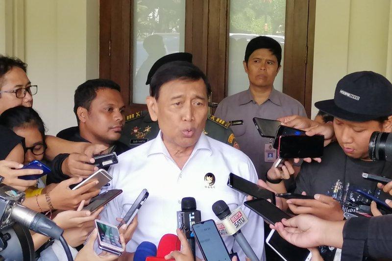 Wiranto pastikan aksi massa di MK bukan pendukung Prabowo-Sandi