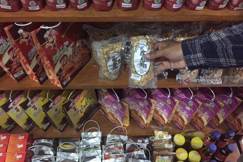 Diskop Sulut laksanakan gerakan belanja produk UKM