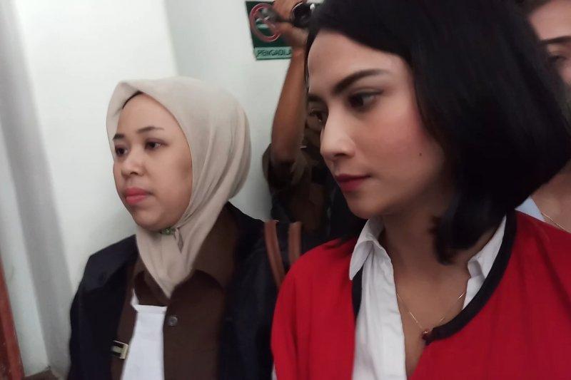 JPU tuntut Vanessa Angel enam bulan penjara