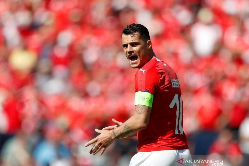 Atletico Madrid mengincar gelandang Arsenal Xhaka