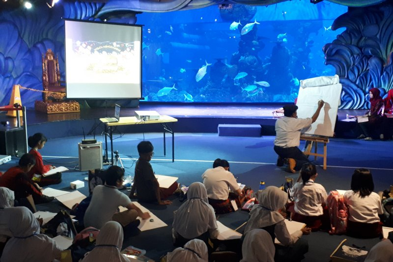 Museum Basoeki Abdullah ajak siswa SD wisata menggambar