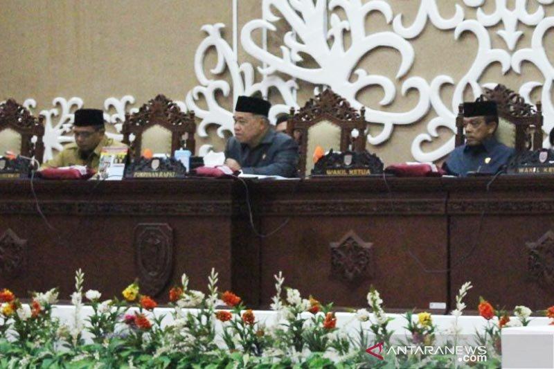Seluruh Fraksi DPRD Kalteng terima Lpj gubernur laksanakan APBD 2018