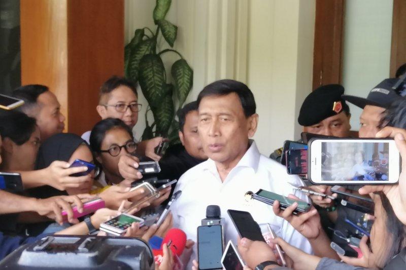 Wiranto tanyakan soal demonstrasi sidang MK kepada Prabowo