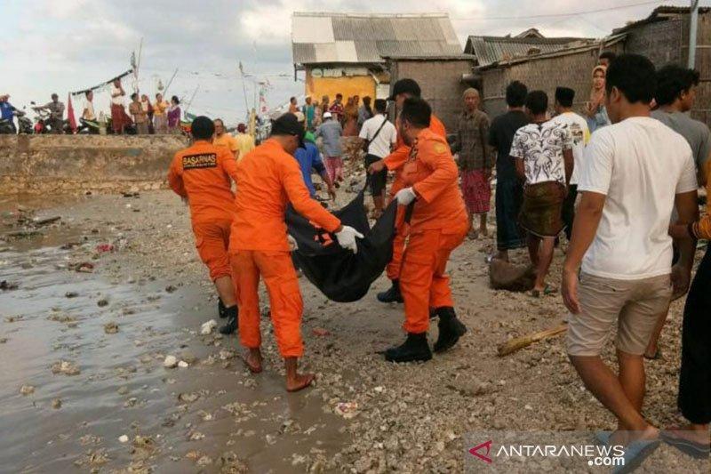 Satu korban meninggal kapal tenggelam dievakuasi