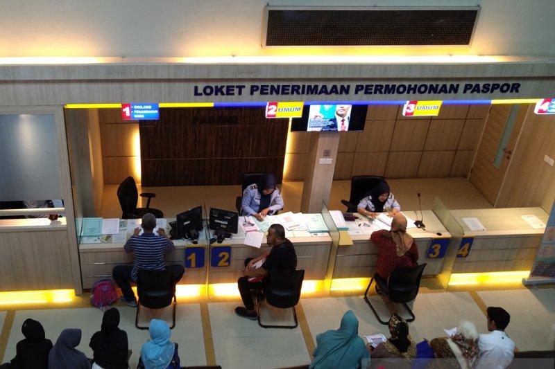 Layanan paspor satu hari cegah terjadi KKN di Imigrasi Riau