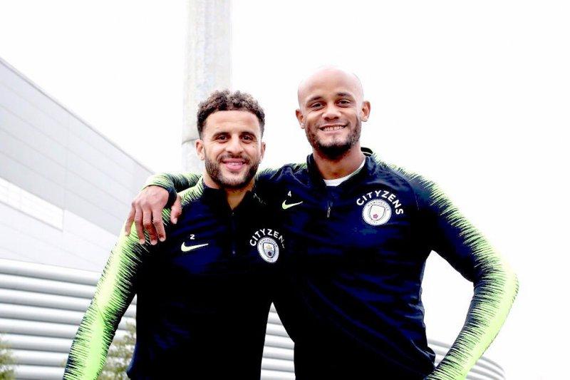 Manchester City perpanjang kontrak Walker