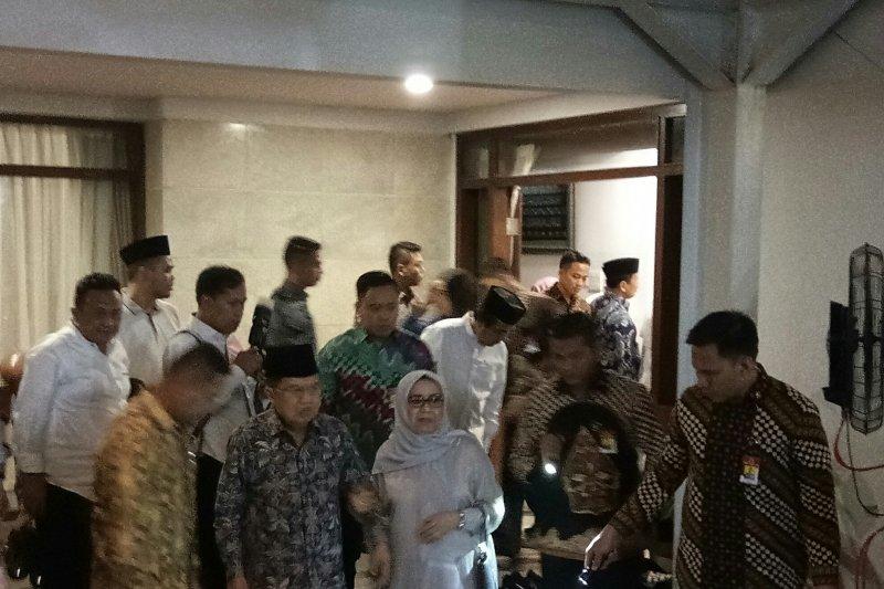 Wapres Jusuf Kalla melayat putra Ketua MA