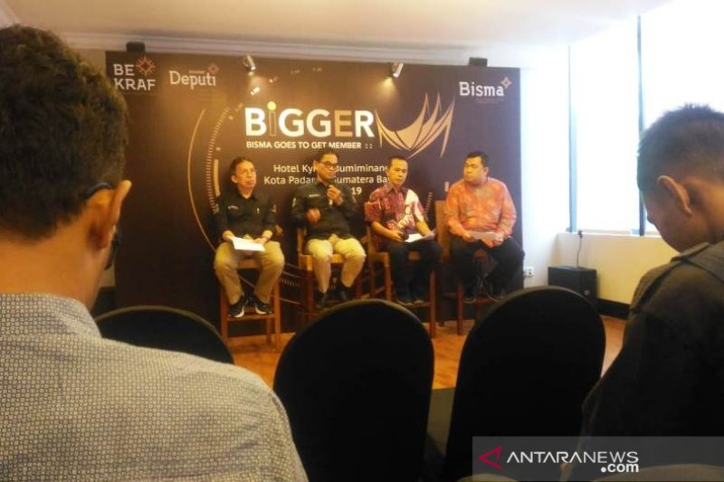 Bekraf kenalkan platform daring bagi pelaku ekonomi di Padang