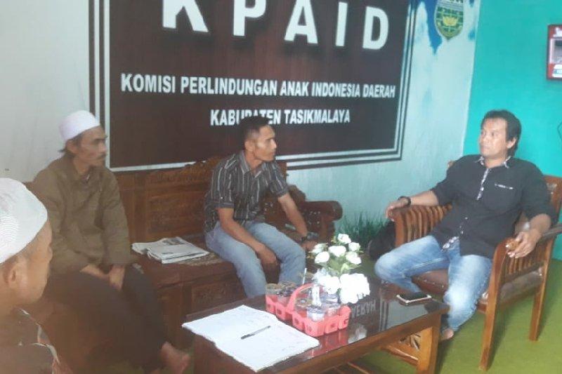 KPAID Kabupaten Tasikmalaya berharap pasutri pertontonkan hubungan badan dihukum