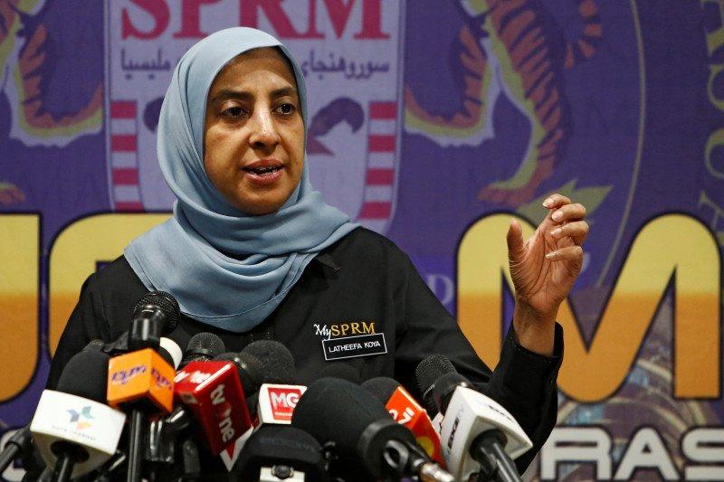 Kepala badan anti-korupsi Malaysia mundur
