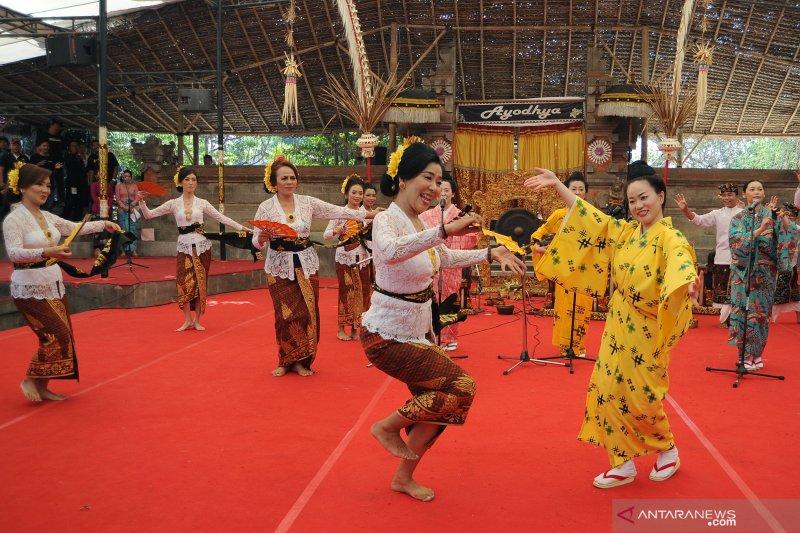 Kolaborasi Seni Bali - Jepang