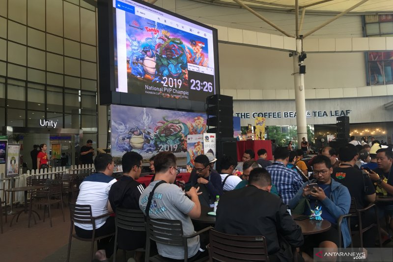 Ratusan penggemar Pokemon Go bertanding di Rainbow Cup