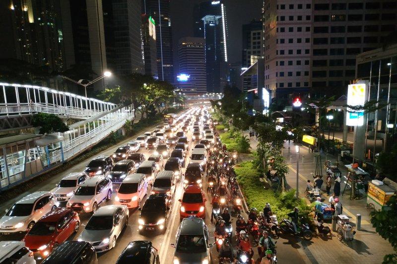 Masih layakkah DKI  Jakarta jadi ibu kota negara ?