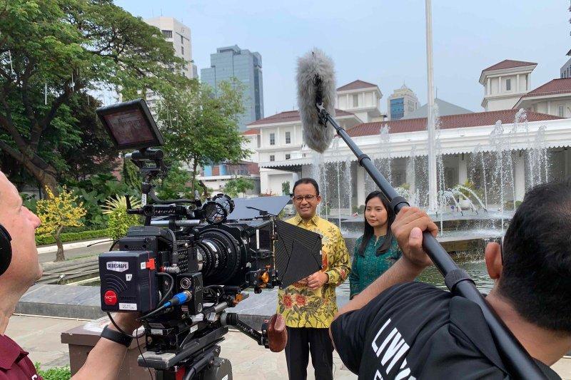 Livi Zheng makes video Jakarta anniversary
