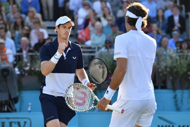 Murray ke semifinal ganda putra Queen's