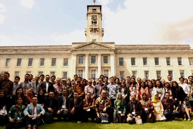 Inggris izinkan mahasiswa asing tinggal dua tahun setelah lulus