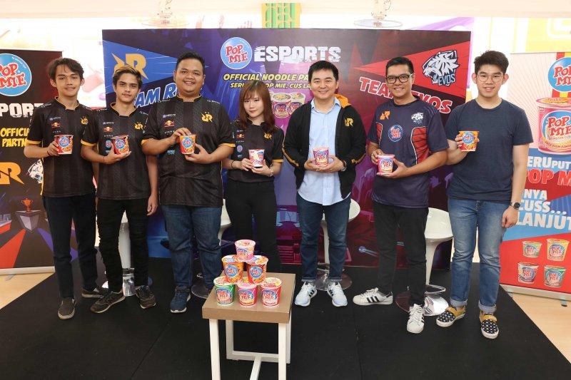 Tim eSports RRQ main PUBG di Jakarta Fair 2019