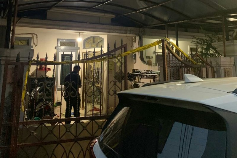 Polres Metro Jakarta Barat gerebek pabrik sabu rumahan di Kalideres