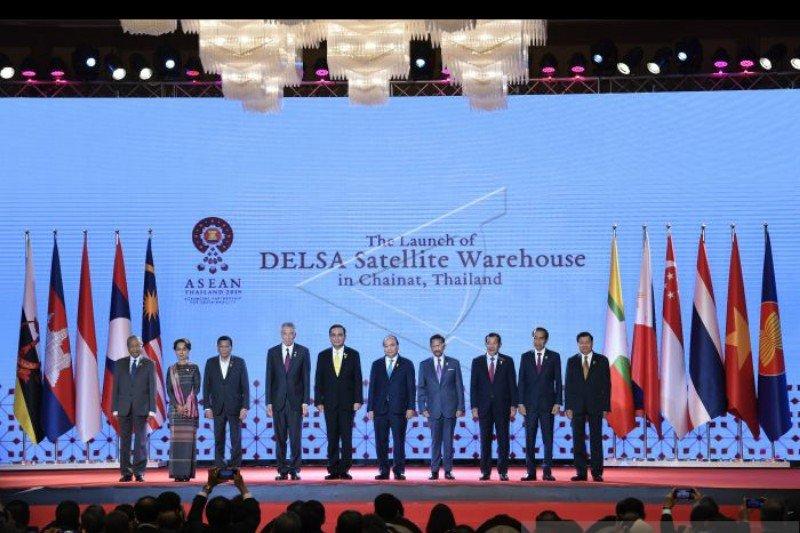 Pemimpin ASEAN luncurkan depot ketiga logistik di Provinsi Chainat Thailand