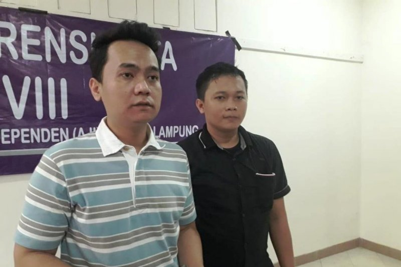 Hendry Sihaloho-Dian Wahyu nahkoda baru AJI Bandarlampung