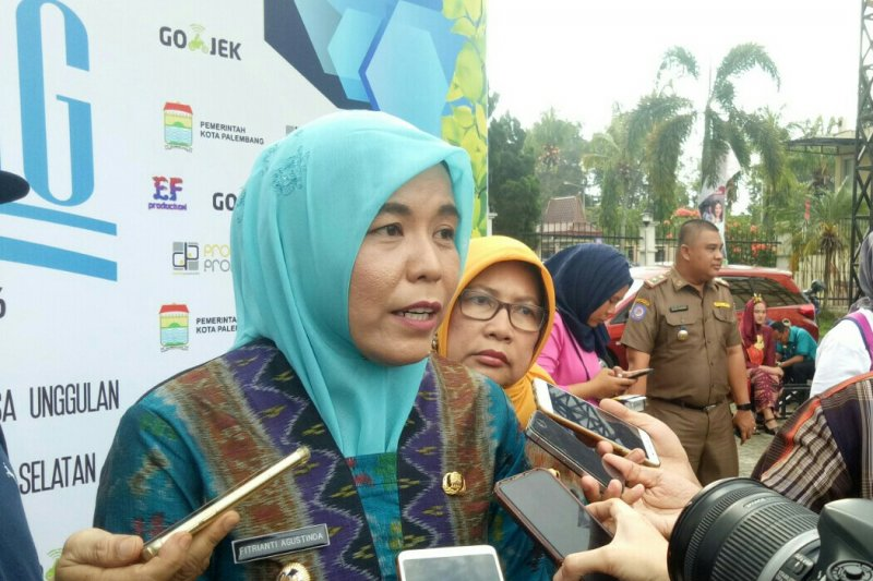 Pemkot  Palembang imbau warga urus akta kelahiran