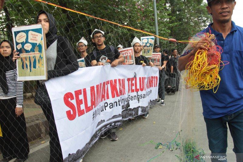 Aksi tolak pembangunan Teluk Jakarta