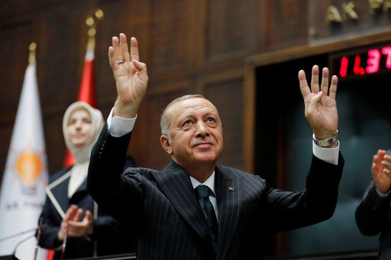 "Erdogan tanggapi pernyataan Macron: ""Periksa otakmu yang mati"""