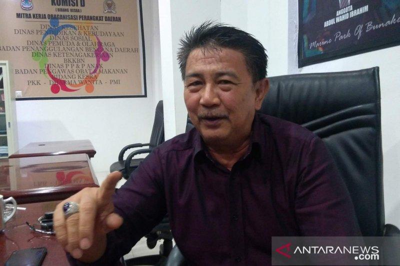DPRD Manado desak wali kota tunda pembayaran  honor tenaga pendidik