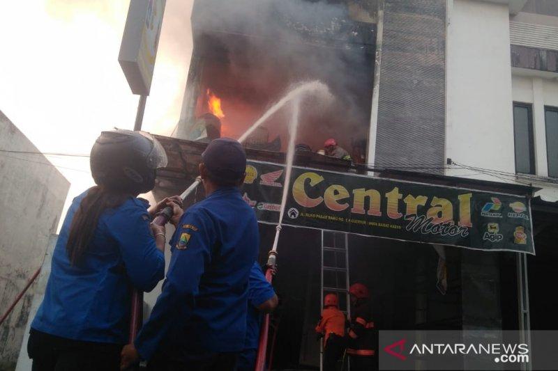 Kebakaran ruko di Cianjur akibatkan pemiliknya tewas