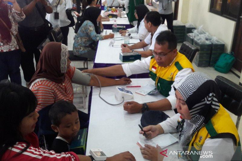 PNM memberi pengobatan gratis bagi 500 warga di Yogyakarta