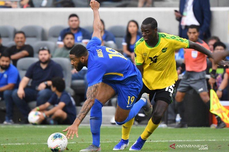 Jamaika ke perempat final Piala Emas