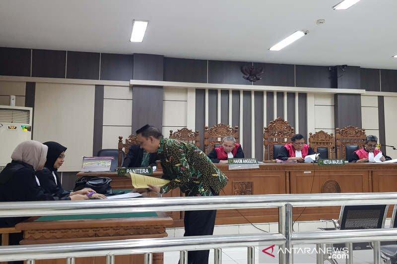 Mantan Kepala Kasda Kota Semarang divonis 2 tahun 8 bulan