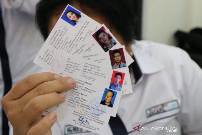 Pemkot Jakut bagikan 445 SKDS dalam sekali operasi Bina Kependudukan