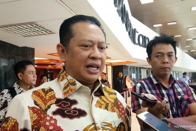 Bamsoet : silahkan para Ketua DPD II Golkar cabut dukungan