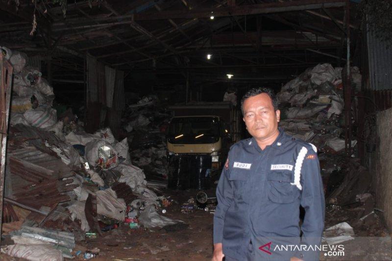 Polisi telusuri sumber bau gas yang resahkan warga Bogor