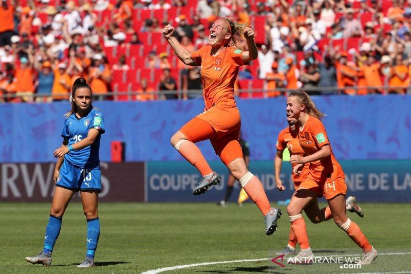 Belanda ke semifinal setelah singkirkan Italia 2-0