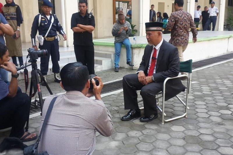 "Wali Kota Padang berperan sebagai rektor dalam film layar lebar ""Malik dan Elsa"""